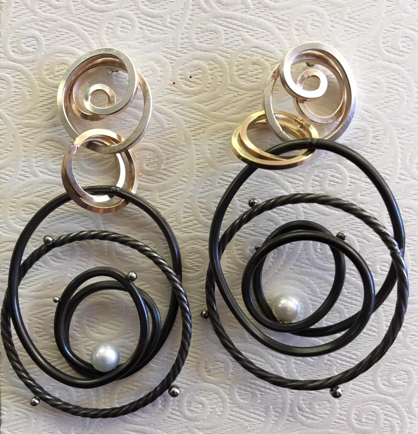 Swirl Earring